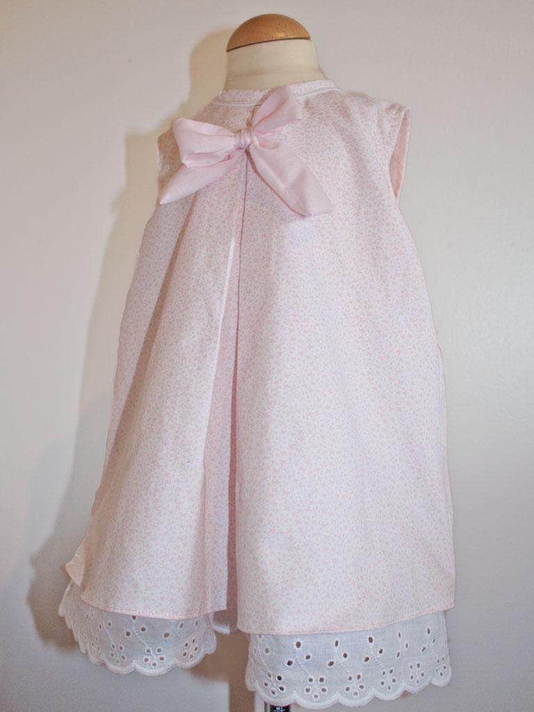 Robe-fillette-noeud-dentelle