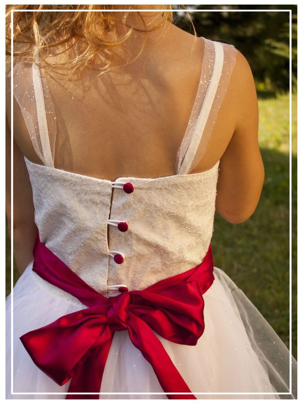 Tuto_Robe_ceremonie_fillette_tulle