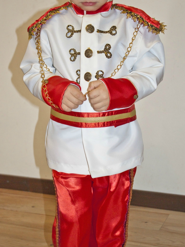 Deguisement-Prince-Boudeur2